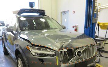 L'auto dopo l'incidente. Foto del NTSB